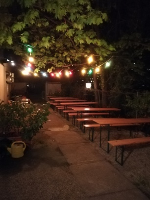 Garten 2 am Abend