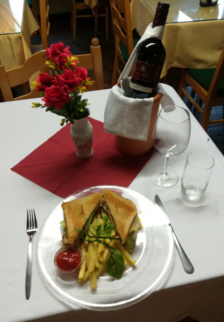 Hühner Clubsandwich € 7,20